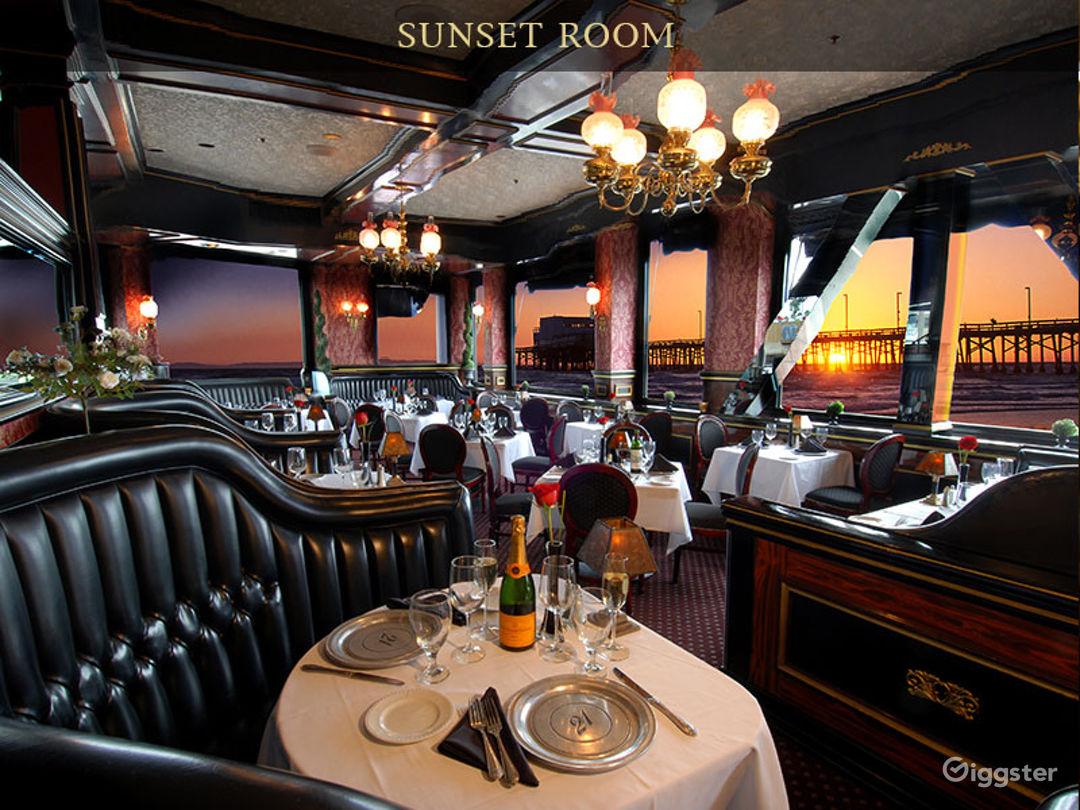 Sunset Room Photo 1