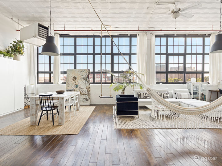 Bright and homey LOFT