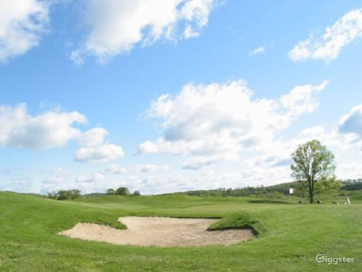 Golf course and country club: Location 3158 Photo 3