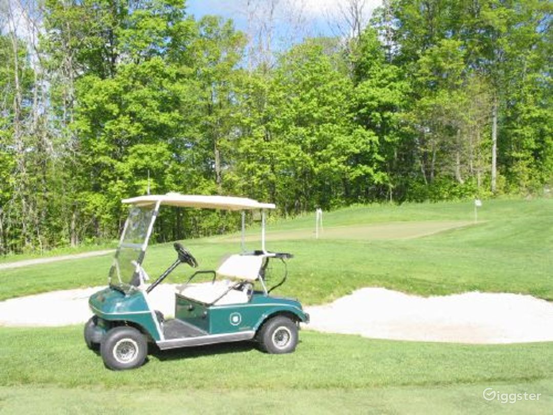 Golf course and country club: Location 3158 Photo 1