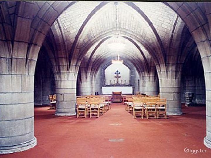 Traditional episcopal church: Location 340