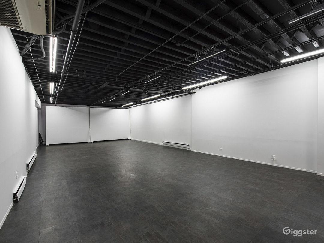 Versatile Studio with Patio Photo 4