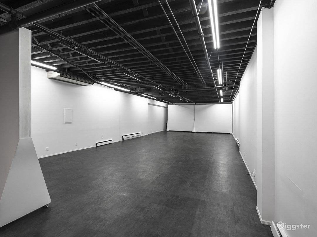 Versatile Studio with Patio Photo 5