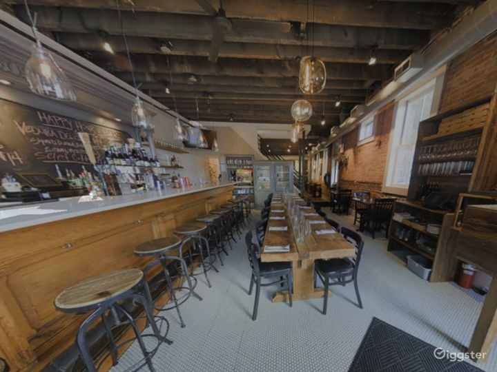 Rustic Private Dining Space with Bar in Baltimore Photo 4