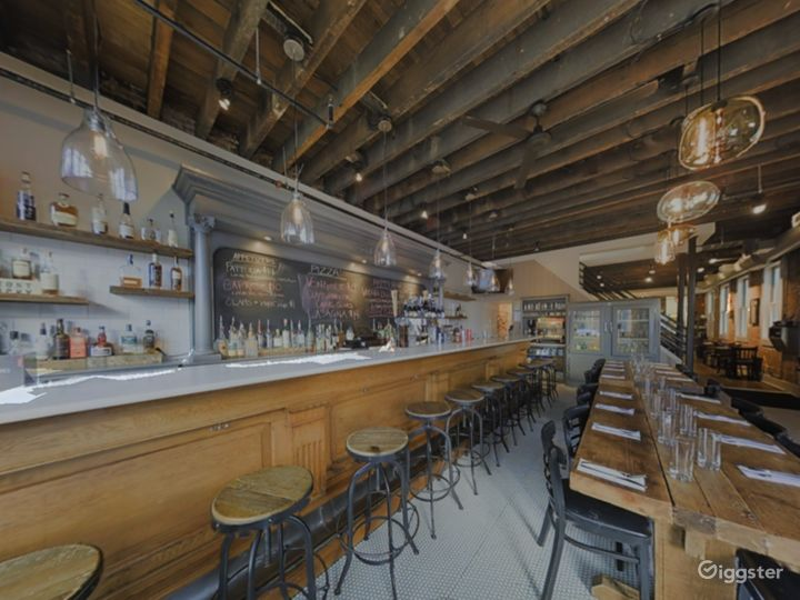 Rustic Private Dining Space with Bar in Baltimore Photo 5