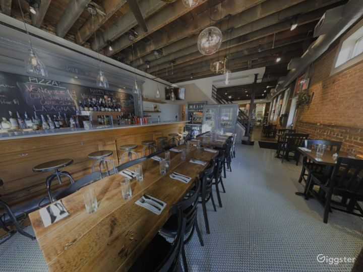 Rustic Private Dining Space with Bar in Baltimore
