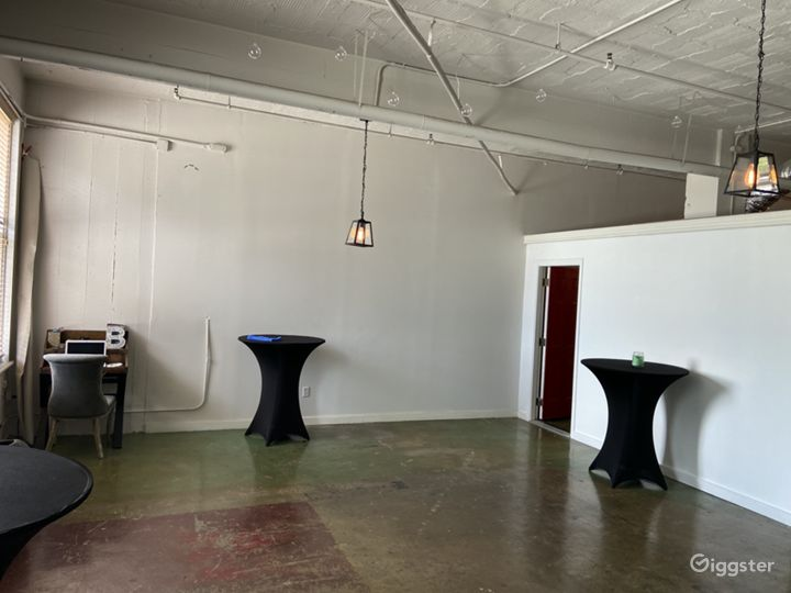 Houston Downtown -Photo Shoot Studio Loft Photo 3