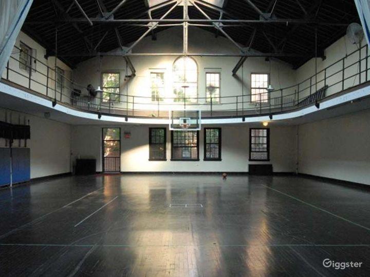 School basketball gym facility: Location 4241 Photo 5