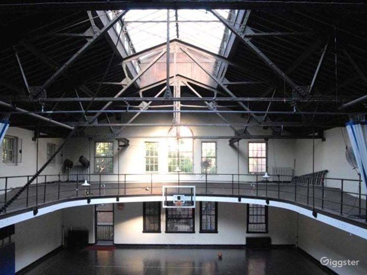 School basketball gym facility: Location 4241 Photo 3
