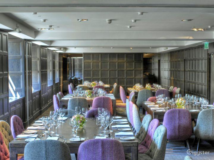 Classy Monte Carlo Room 2 in Glasgow Photo 2
