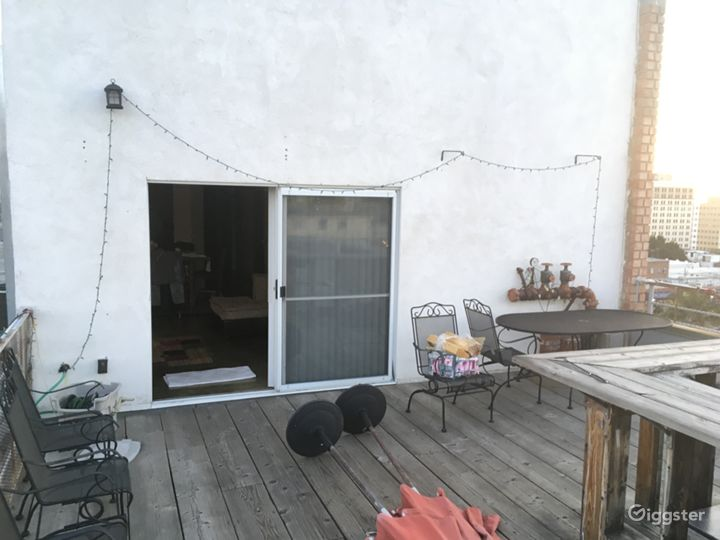 Rooftop deck with Downtown LA / Hwood Hills views  Photo 2