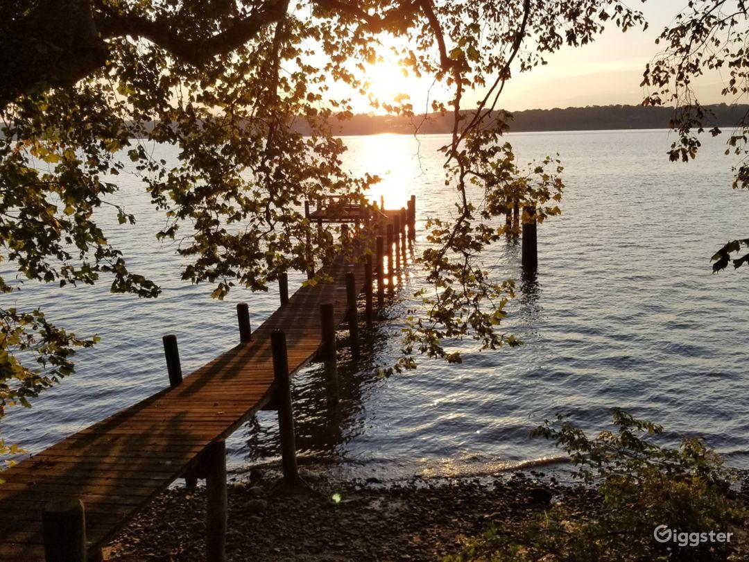 Waterfront Potomac Access near National Harbor Photo 1