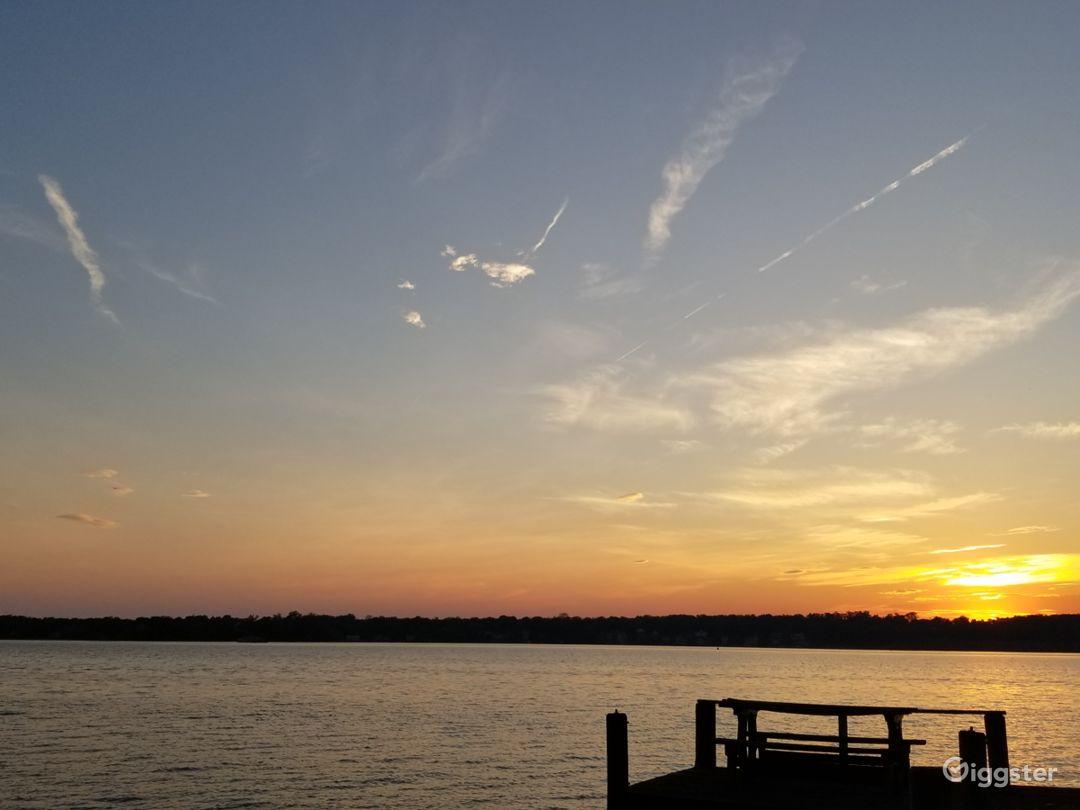 Waterfront Potomac Access near National Harbor Photo 3
