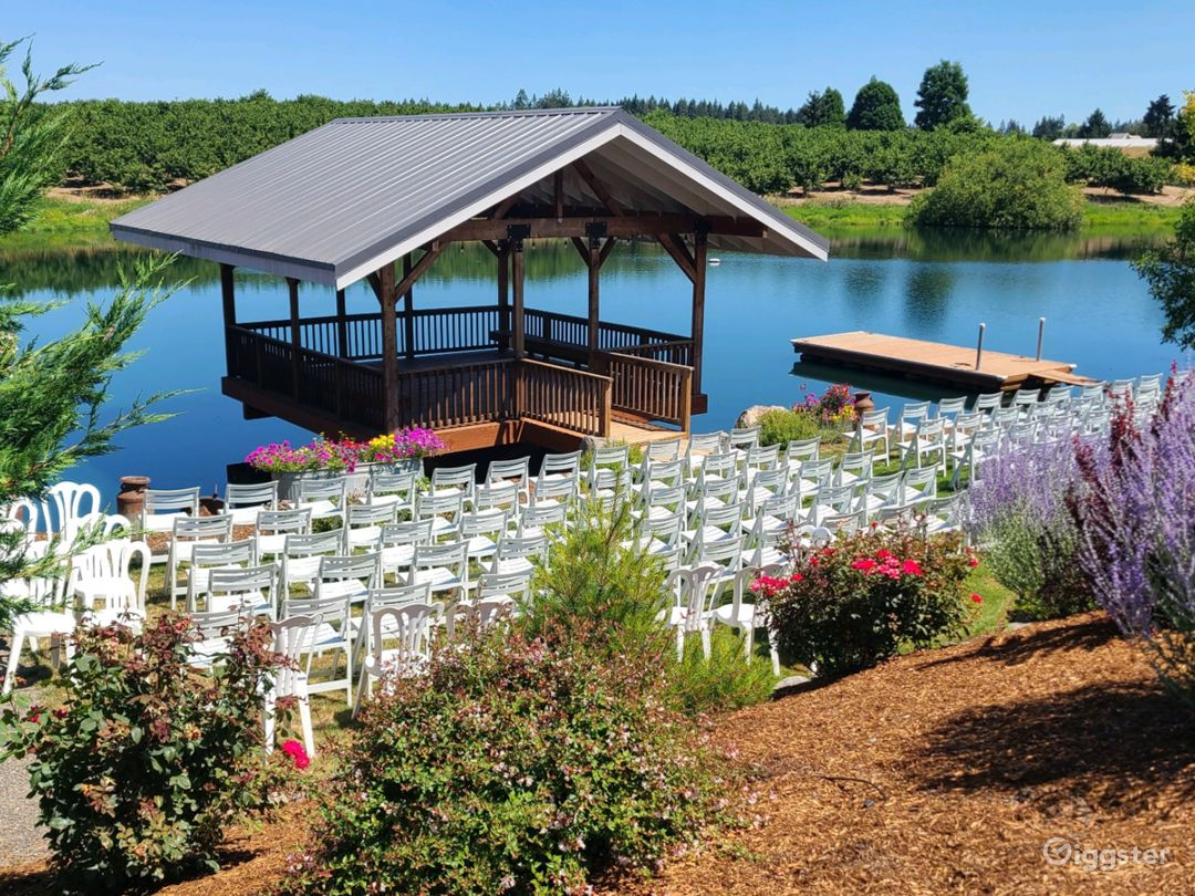 The picturesque covered pier, dock and pond are a special location for outdoor activities.  Manicured landscaping with summertime flowers add to the beauty!
