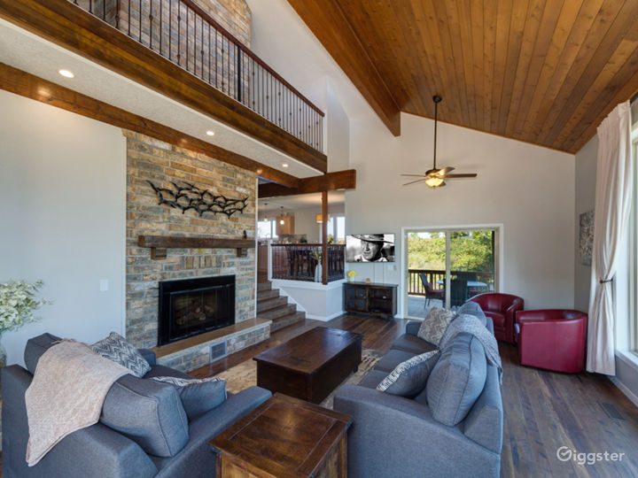 Floor to ceiling windows with spectacular views, fireplace and decks on both sides of the great room with plenty of comfortable seating, the great room is perfect for gatherings!