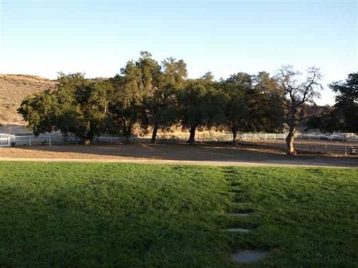 Hold Out Ranch Photo 2