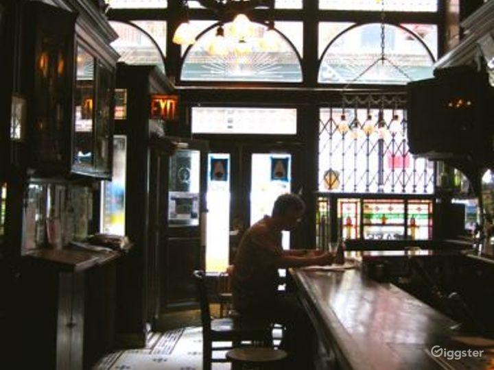 Tavern style bar and restaurant: Location 4150 Photo 3