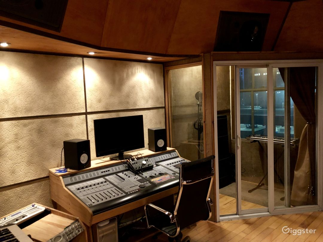 Production/Recording Space for Artists & Producers Photo 1