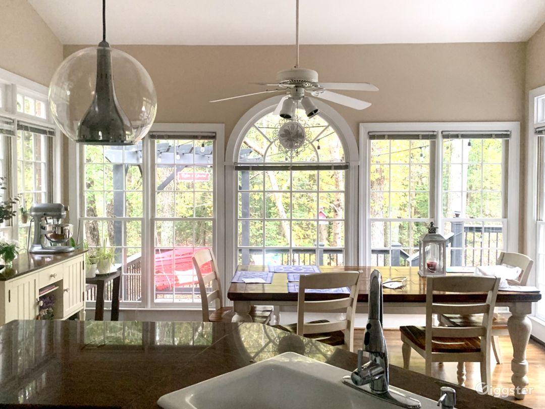 All windows kitchen