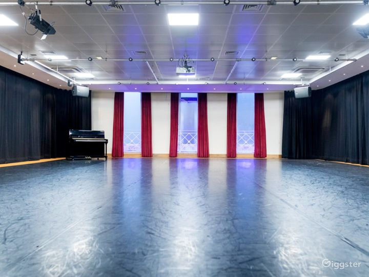 Multifunctional Rehearsal Studio and Event space Photo 5
