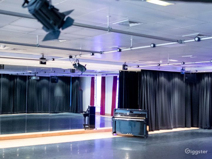 Multifunctional Rehearsal Studio and Event space Photo 2