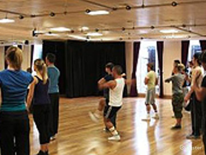 Multifunctional Rehearsal Studio and Event space Photo 4