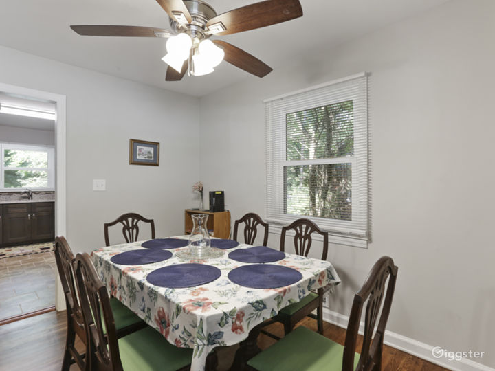 Ranch Home - Beautifully Updated Photo 5