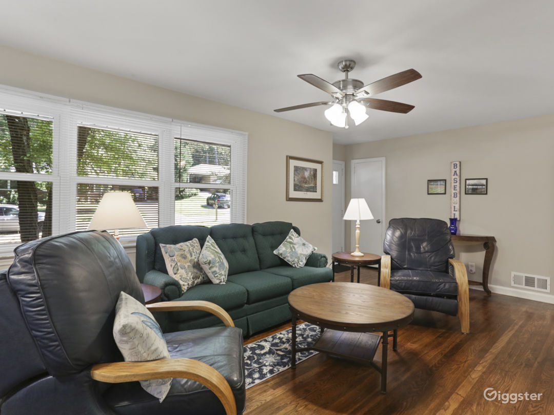 Ranch Home - Beautifully Updated Photo 1