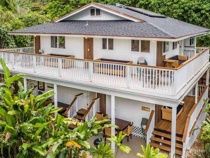 Buy Out Rental - Oceanside Property with Multiple Beautiful Bungalows in Hawaii Photo 5