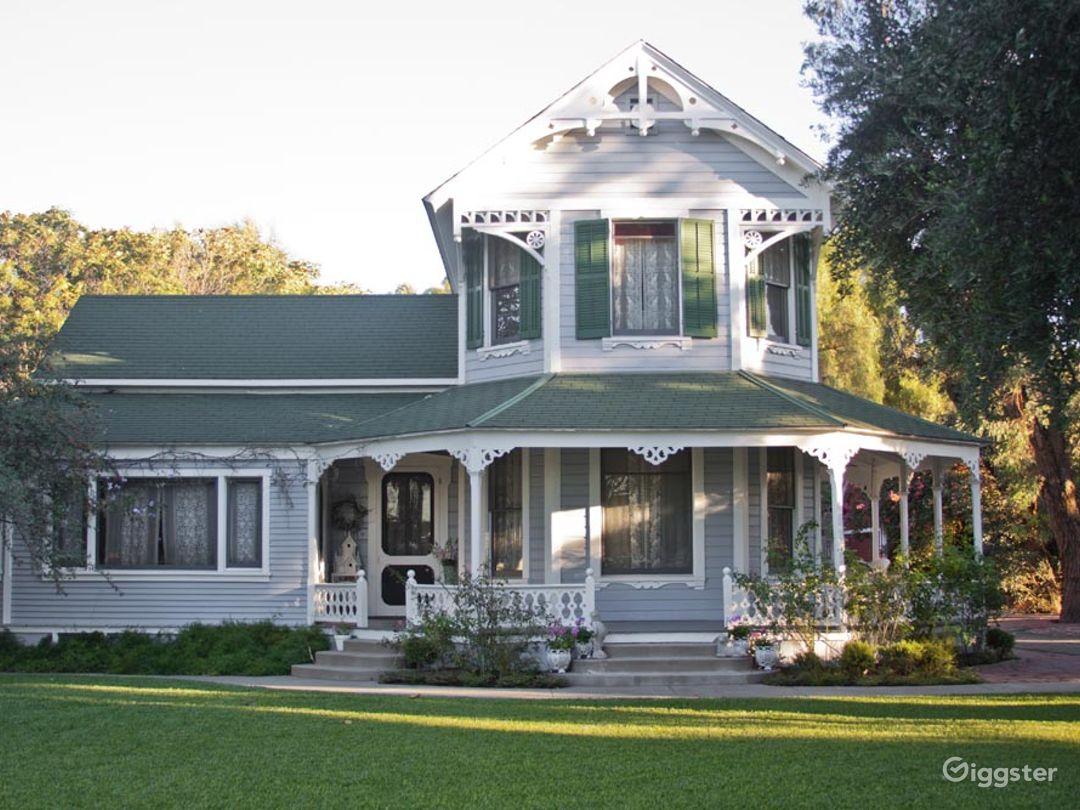 Victorian Farmhouse w/ Cornfield on 6 Acre Farm Photo 1