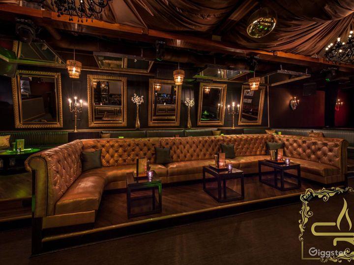 Dallas' Premier Lounge: Sexy Venue with Style Photo 2