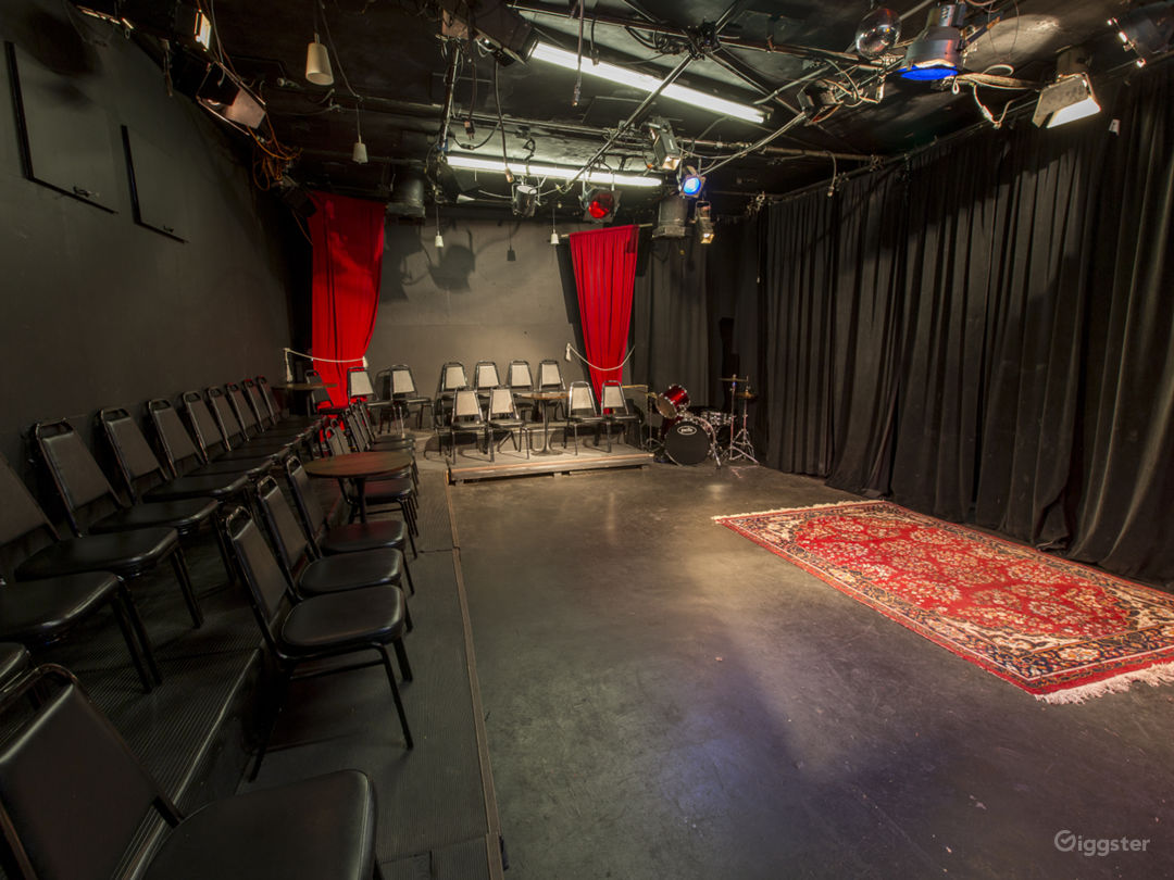 Intimate Theatre And Cafe Photo 4