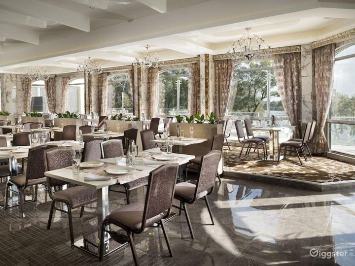 Refreshingly and Spacious Restaurant in Ascot Photo 4