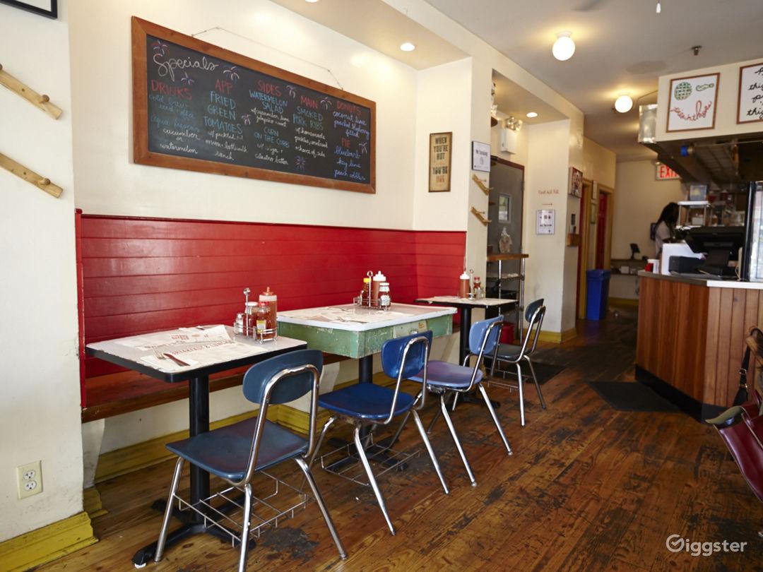 Neighborhood cafe and restaurant: Location 5030 Photo 1