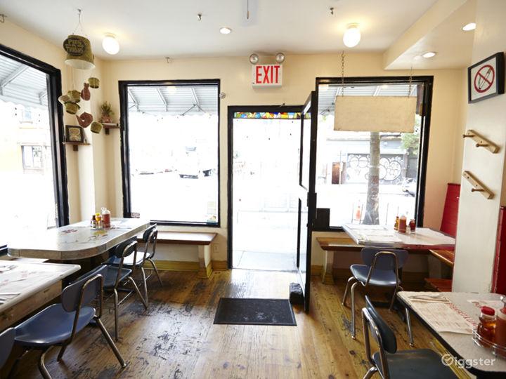 Neighborhood cafe and restaurant: Location 5030 Photo 5