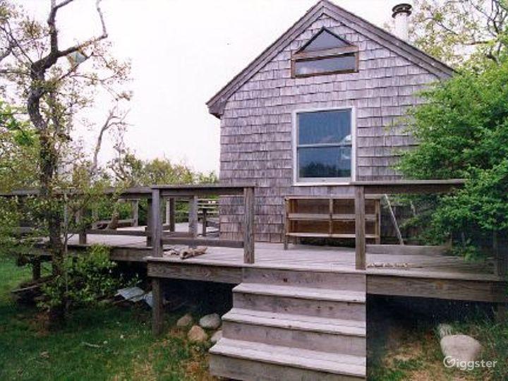 Hamptons coastal expanse: Location 2887