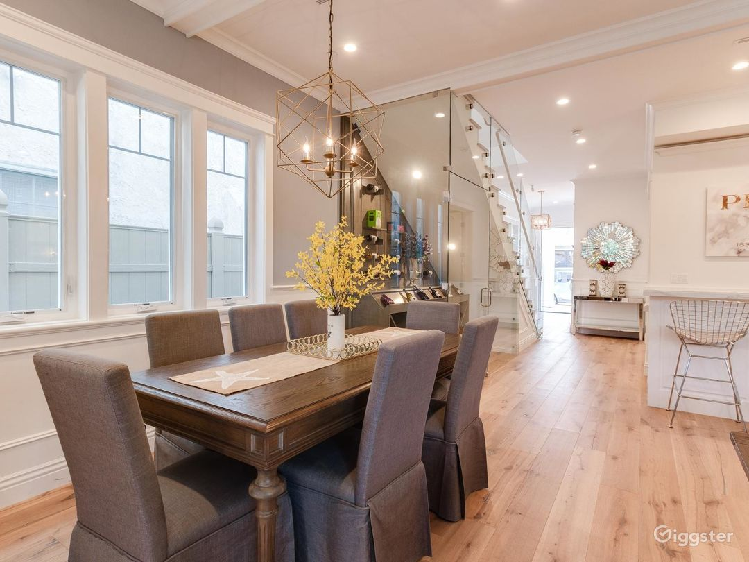 Beautiful 2 Story right by the Water Photo 3