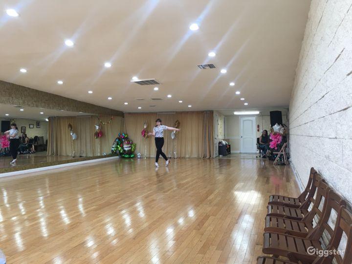 Versatile Dance Studio in Tarzana Photo 4