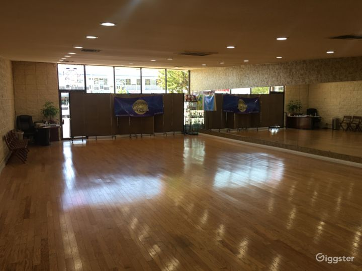 Versatile Dance Studio in Tarzana Photo 3