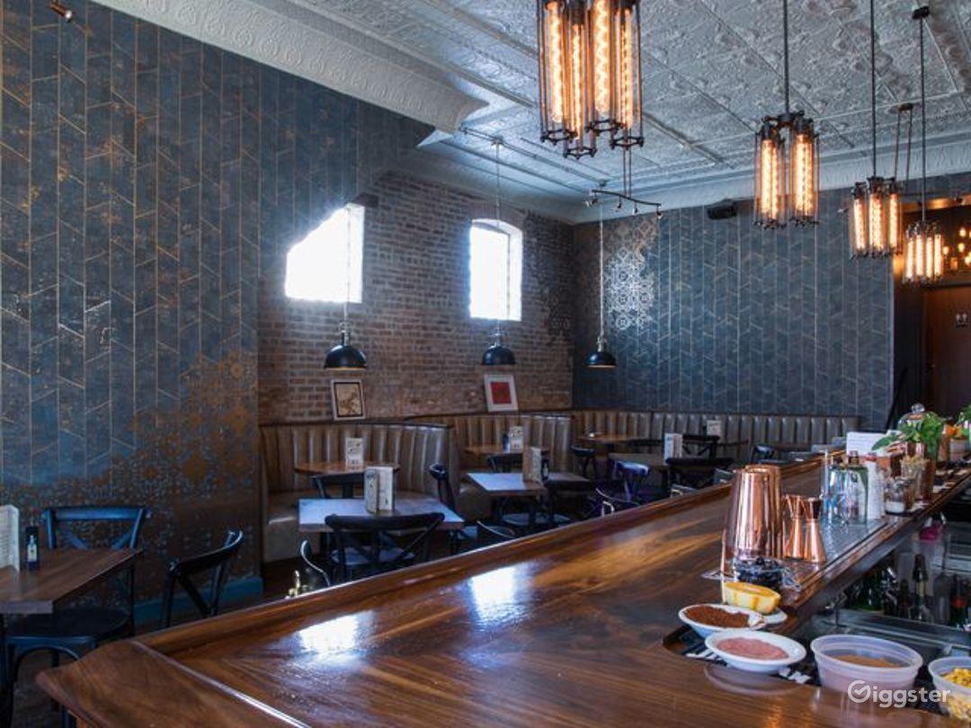 Chicago's Finest Drinking Bar & Restaurant Photo 1
