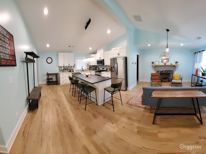 Modern Ranch Home with a Forest! Photo 2