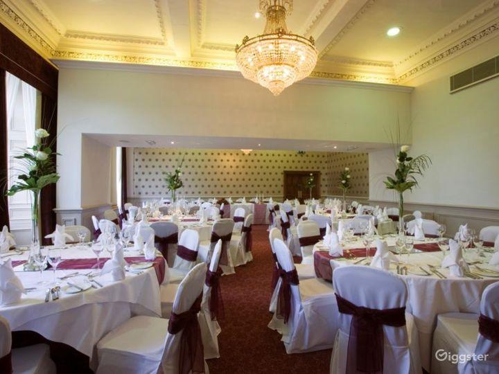 Spacious Balmoral Suite in Edinburgh Photo 2