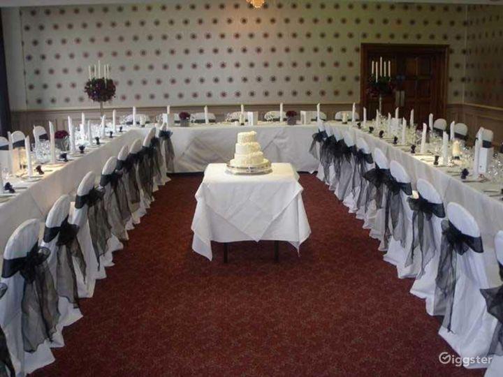 Spacious Balmoral Suite in Edinburgh Photo 3