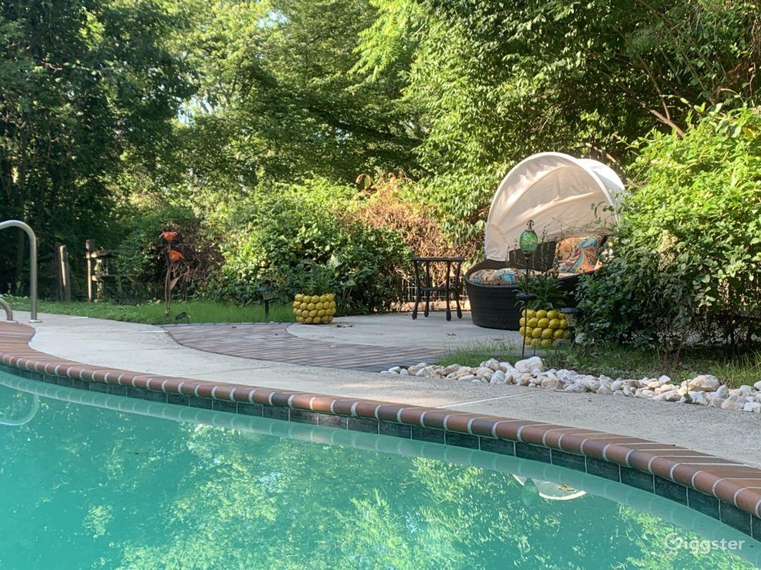 Park House Place pool