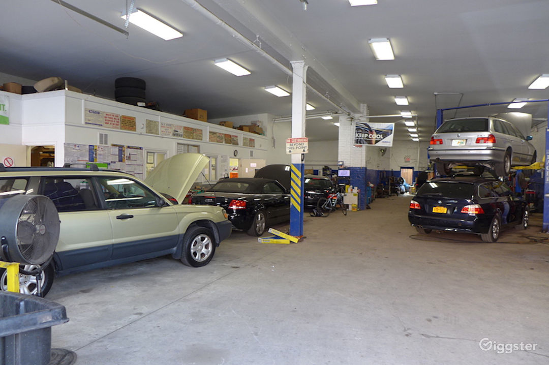 Rent The Retail/Small Business(commercial) Brooklyn Auto Repair Garage For  Filming/
