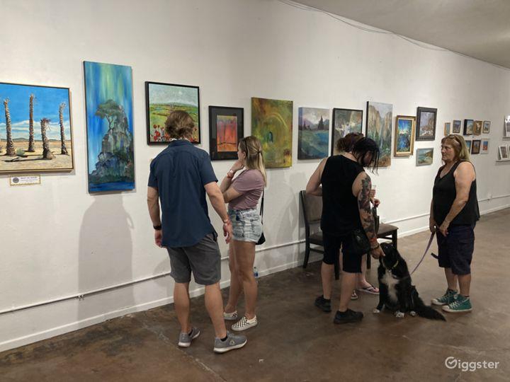 Art Studios and Exhibit Space / Downtown Las Vegas Photo 3