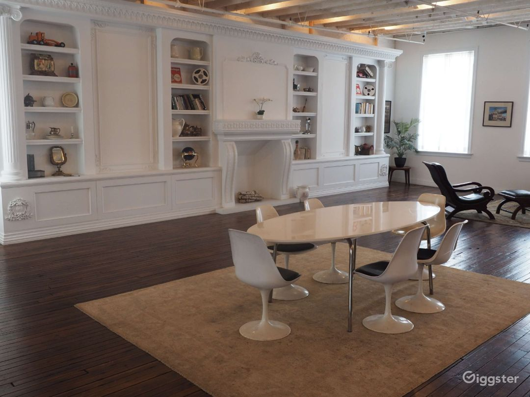 Studio with Built-in Bookcase and Fireplace Photo 1