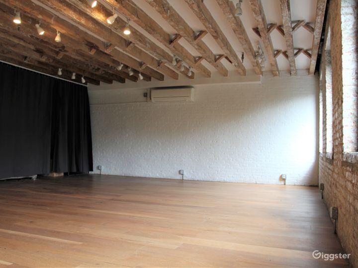 Convenient Exposed Brick Studio with Park Views Photo 5