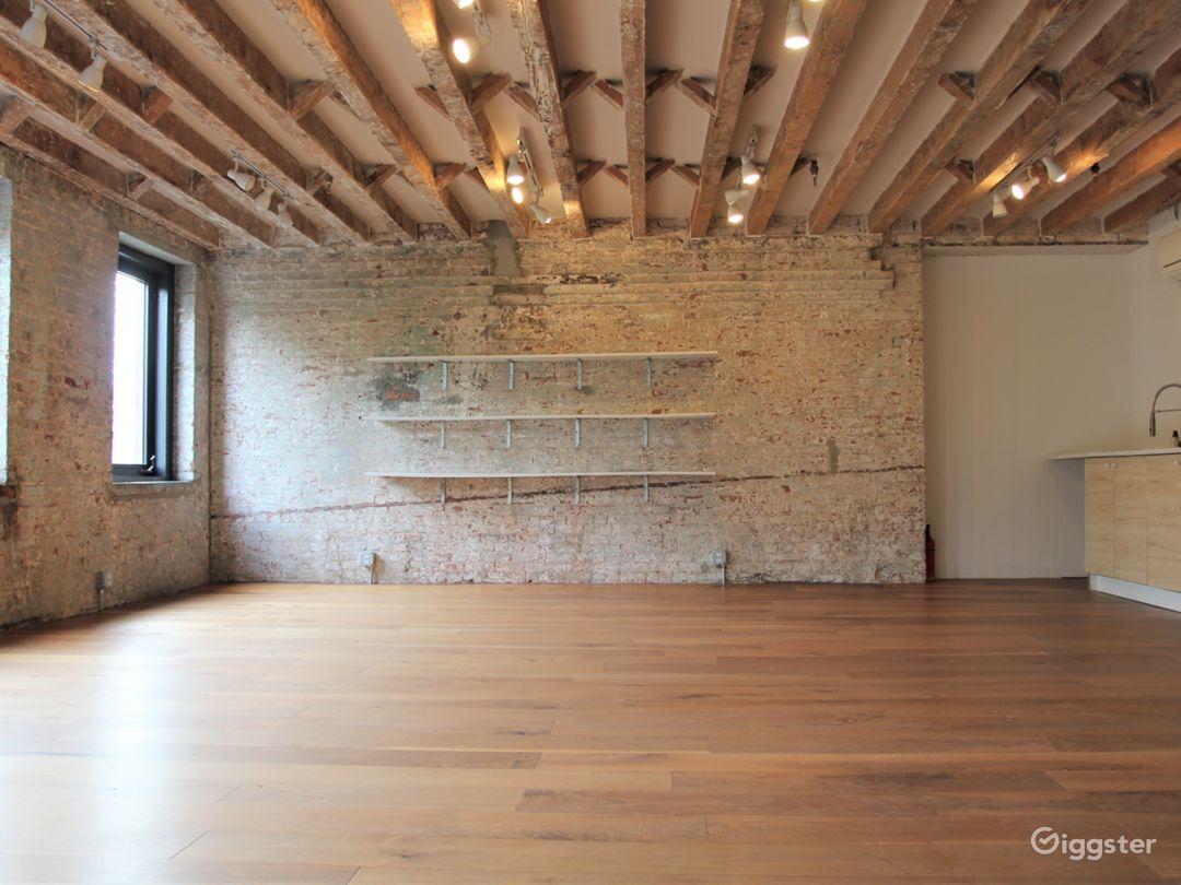 Convenient Exposed Brick Studio with Park Views Photo 4
