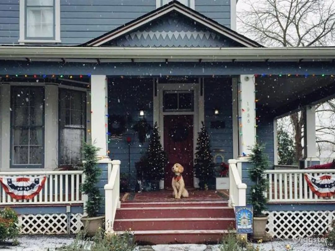 The Smith House at Christmas, with Zoey